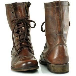 Steve Madden Troopa Combat Boots - 8